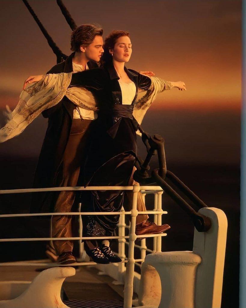 актер Леонардо Ди Каприо (Leonardo DiCaprio) в фильме Титаник. Знаменитый кадр.