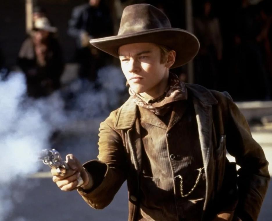 актер Леонардо Ди Каприо (Leonardo DiCaprio) в ковбойской шляпе. В молодости.