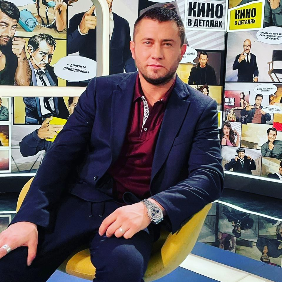 Российский киноактер Павел Прилучный пополнел и изменился.