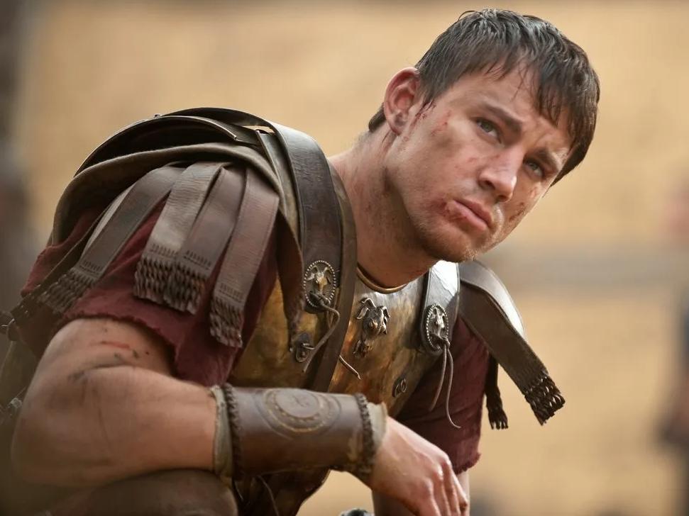 Актер Ченнинг Татум в роли римского легионера. Военные доспехи центуриона.
