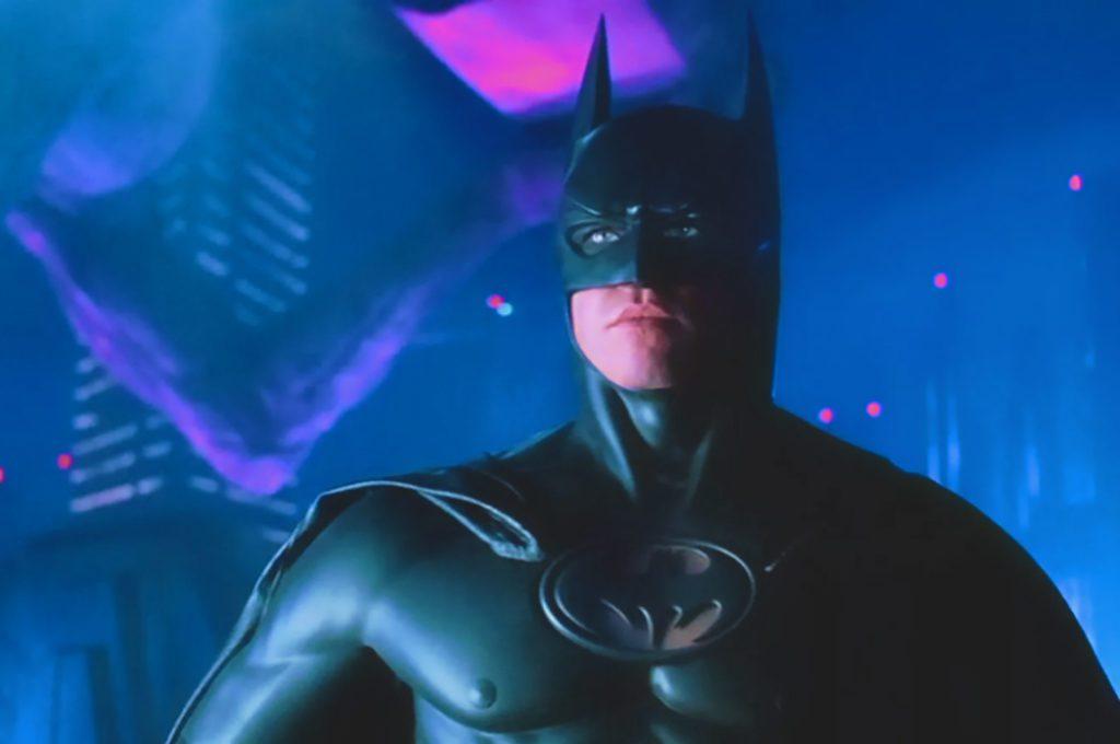 Вэл Килмер в роли Бэтмена.
